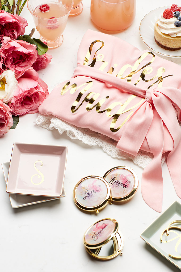 Robes, Jewelry dish, compact mirror and more bridesmaid gifts
