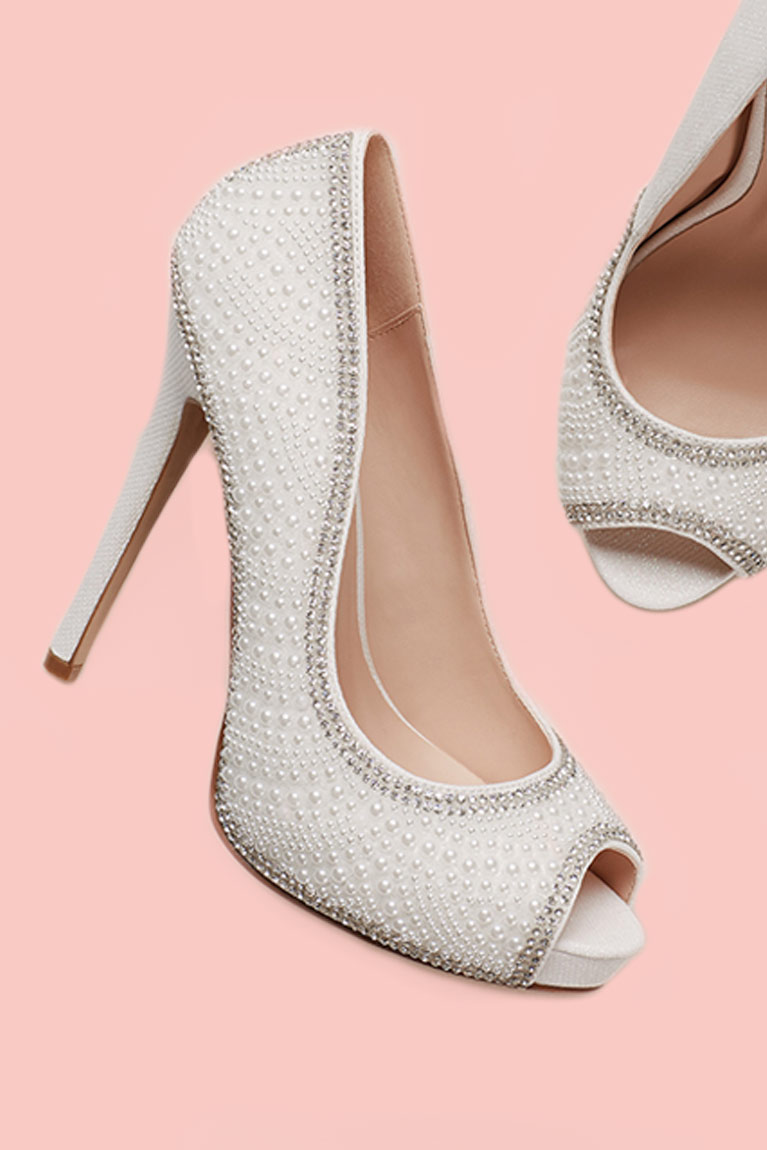 bridesmaid wedding shoes shoes for brides midway media 2084