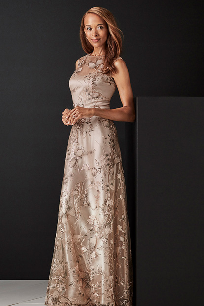 $20 Off Dresses for Mom