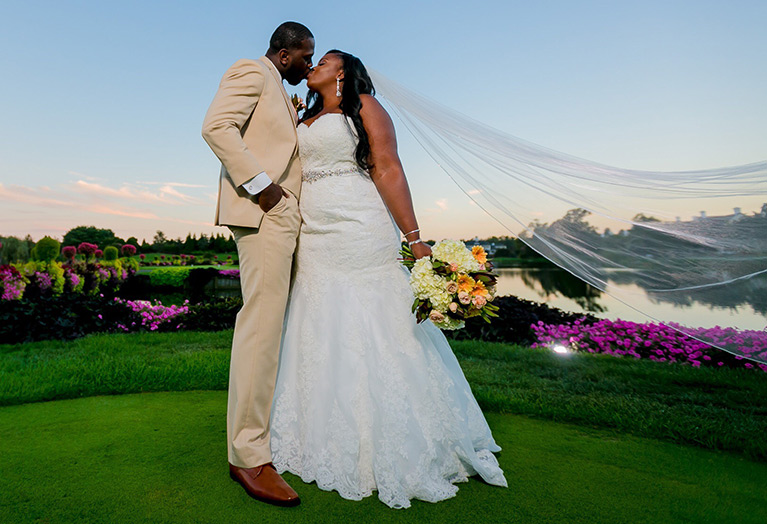 Scenic Outdoor Wedding in Tennessee