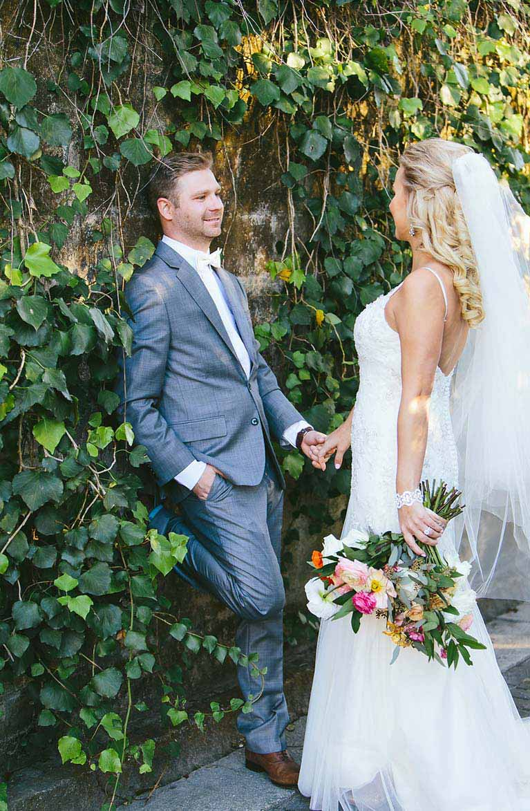 Rustic Glamorous Winter Wedding in Florida | Real Wedding Photos