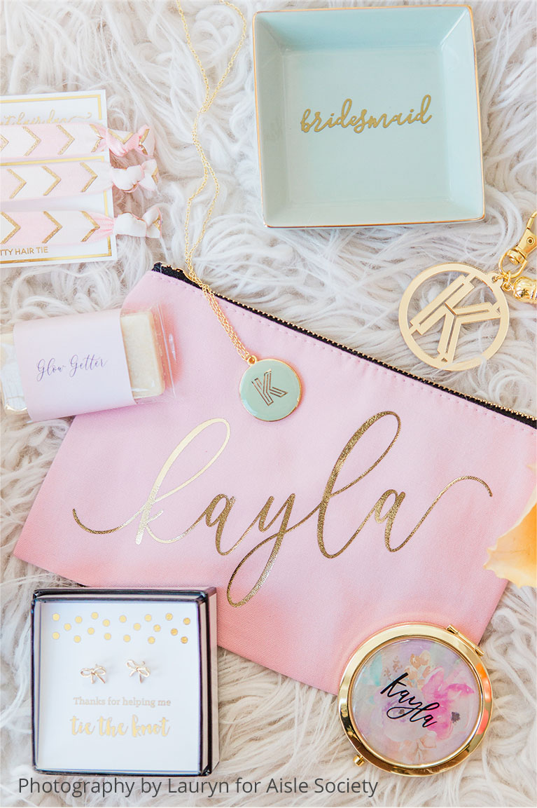 HPersonalized handbags and gifts for your bridesmaids