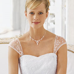 Add cap sleeves to strapless wedding dress for Adding cap sleeves to a wedding dress