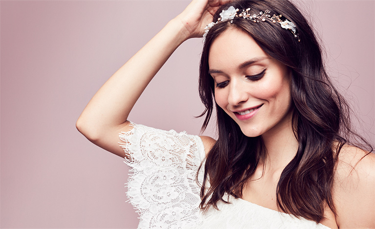 25003cbab6b Bride wearing jeweled floral headband