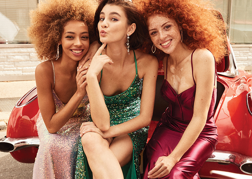 College girl wearing maroon v-neck drop-sleeve dress