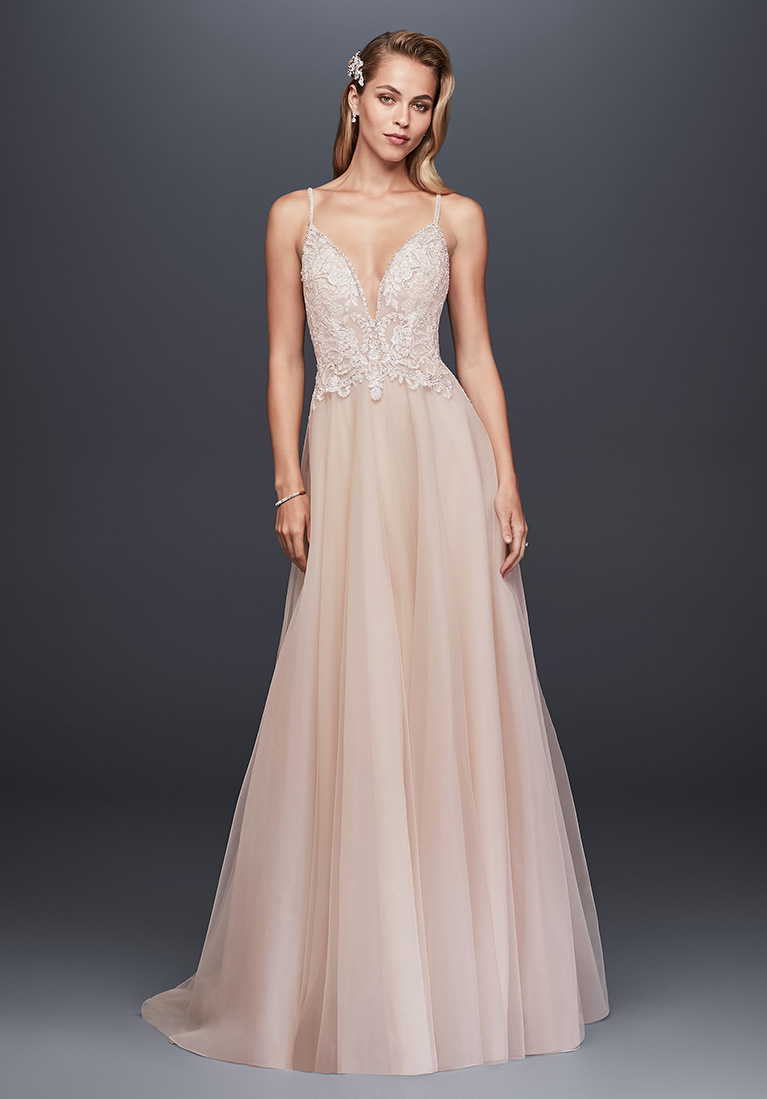 Summer Wedding Dress Styles & Inspiration | David\'s Bridal