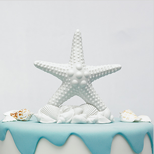 Picture of a starfish cake topper