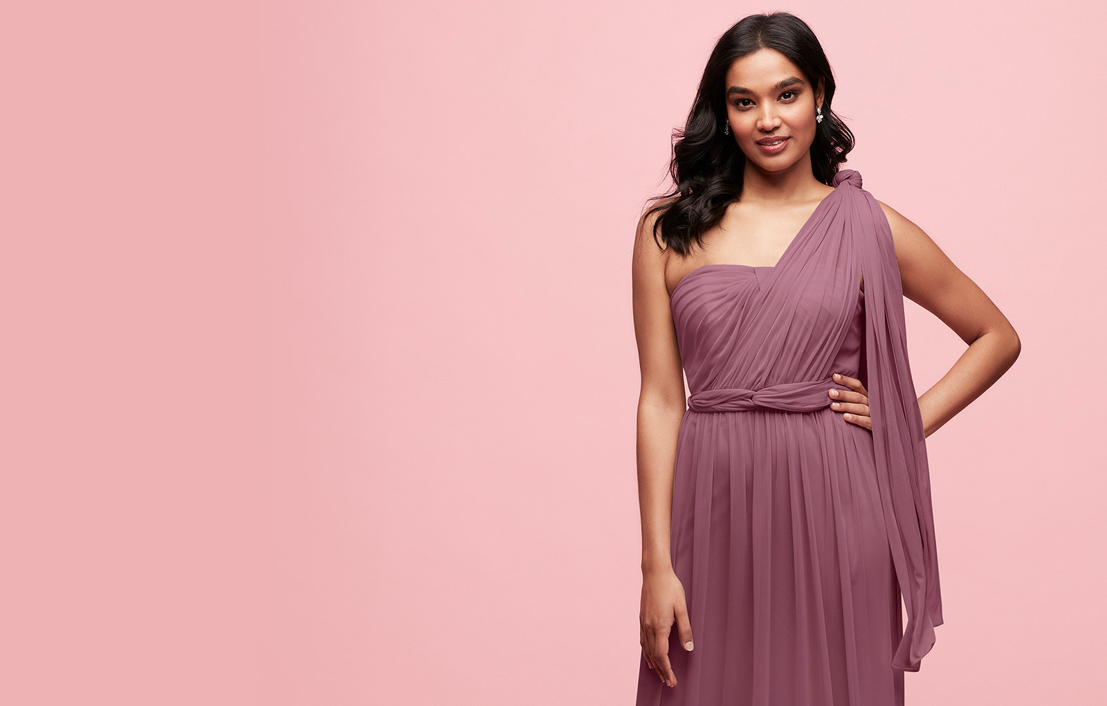 Bridesmaid in one shoulder convertible dress Bridesmaid in one shoulder convertible  dress 63b24e70398f