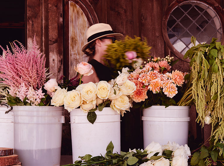 DIY flowers for a budget rustic wedding