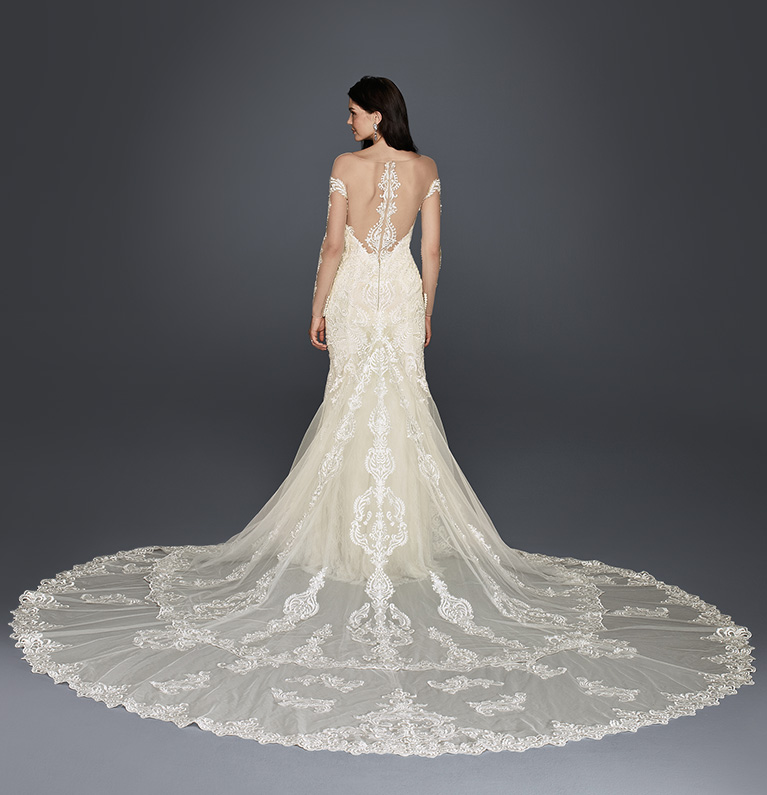 Back Shot Of Lace Royal Wedding Dress Train Style Tip