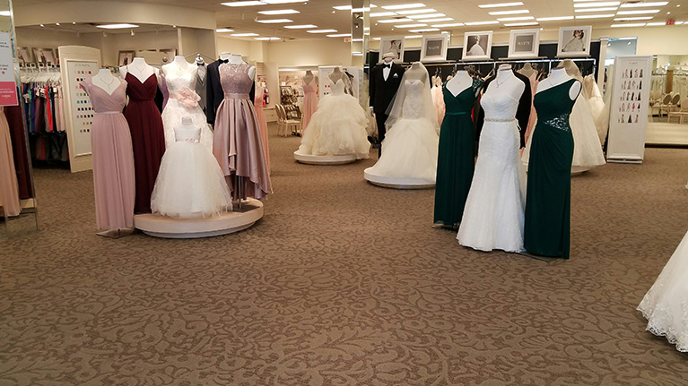Wedding dresses in grand chute wi david 39 s bridal store 166 for Wedding dresses appleton wi