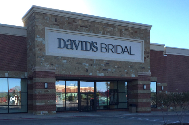 Wedding dresses in oklahoma city ok david 39 s bridal for Wedding dress shops in oklahoma city