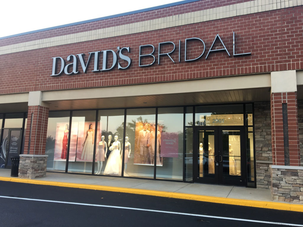 Wedding dresses in waldorf md david 39 s bridal store 297 for Wedding dress shops in maryland