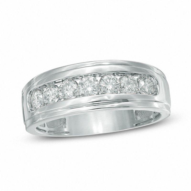 Men's 1 CT. T.W. Diamond Comfort Fit Band in 10K Gold